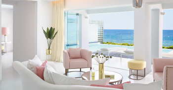 02-the-white-palace-exclusive-yali-villas-beachfront