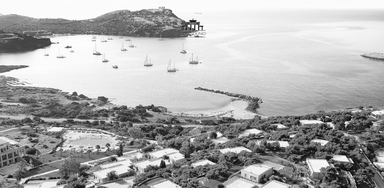 04-cape-sounio-beach-resort-in-athens-greece_bw-28584