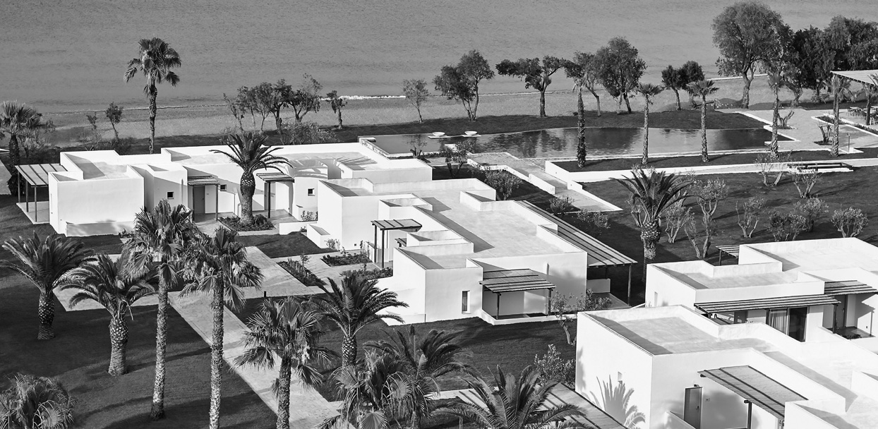 08-casa-marron-grecotel-family-resort-in-peloponnese_bw