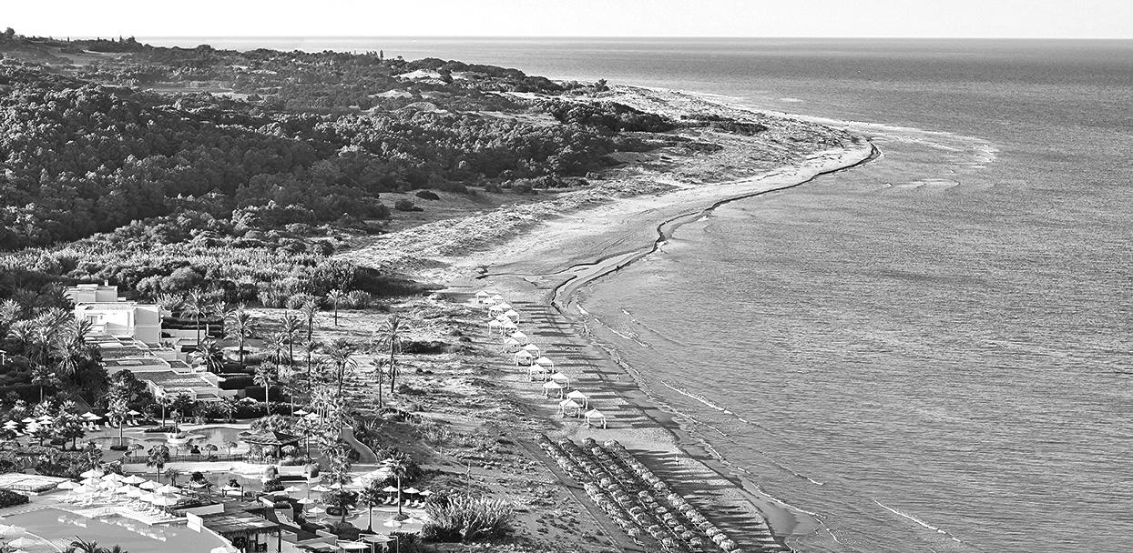 riviera-olympia-beach-resort-peloponnese_bw