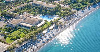 02-filoxenia-kalamata-beachfront-luxury-vacations-in-peloponnese