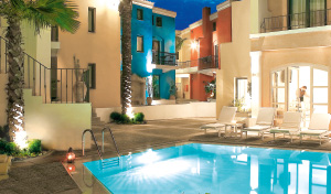 07-plaza-beach-house-grecotel