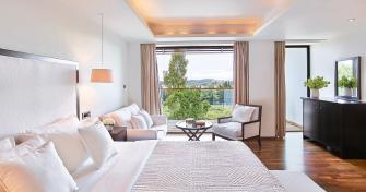 05-vouliagmeni-suites-grecotel-beach-resort-holidays-accommodation