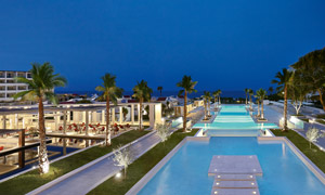 Rhodos-royal-resort-night-illuminated-landscape