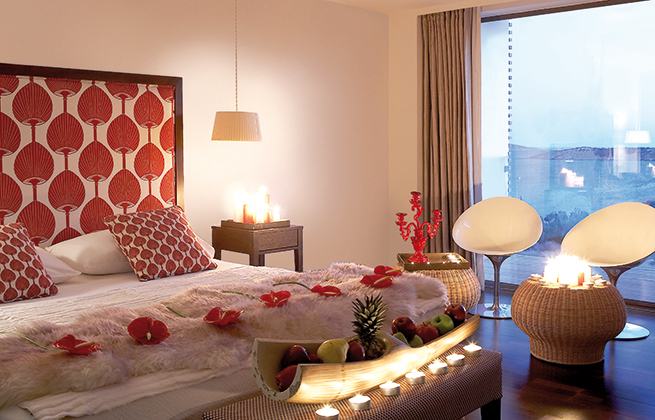 Romantic-Packages-Hotels-in-Athens-Greece_sm