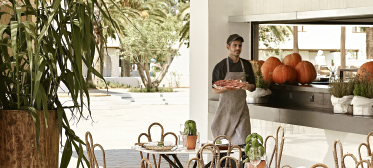 02-all-inclusive-resorts-dining-experience-grecotel-greece