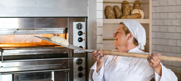 03-fresh-handmade-bread-in-grecotel-resorts
