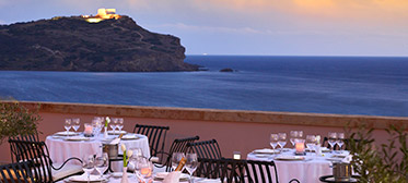 Cape-Sounio-grecotel-fine-dining-view-temple-of-poseidon
