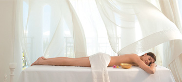 16-openair-spa-beauty-body-treatments-elixir-health-holidays-grecotel-greece