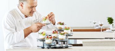 private-chef-dining-services-grecotel