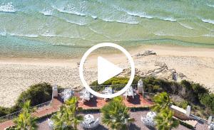 mandola-rosa-beach-resort-video-in-peloponnese